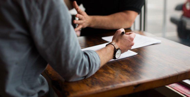 Pourquoi et quand solliciter un avocat spécialisé en droit des assurances ?
