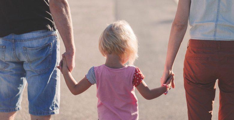 Pension alimentaire : pourquoi faire appel à un avocat intervenant dans le droit familial?